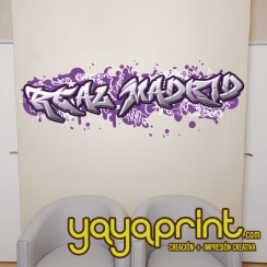 Graffiti Real Madrid de vinilo con tu nombre